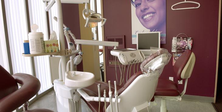 Large etobicoke dentist facility02 ss