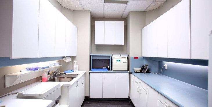 Large newmarket dentist laboratory