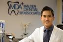 Small mda   dr lee profile photo with mda logo